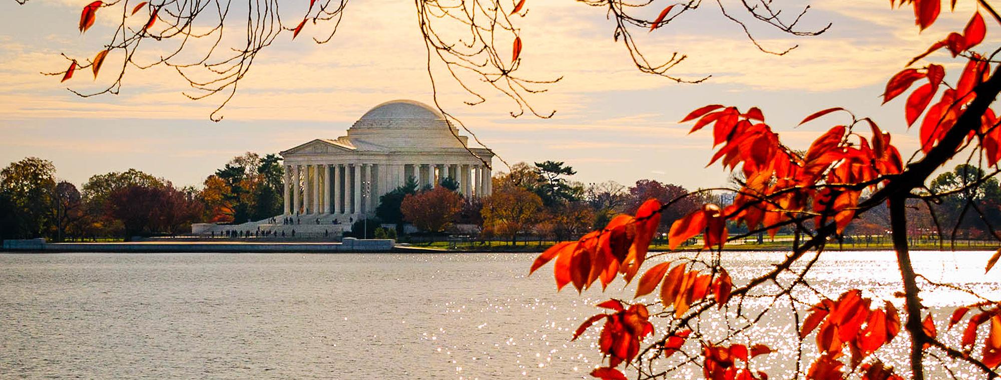 Jefferson Memorial in the fall